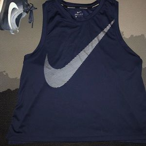 Nike Cropped High Neck Running Dri Fit NWOT L